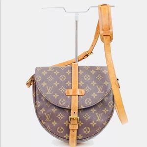 Authentic Louis Vuitton Chantily GM Crossbody bag